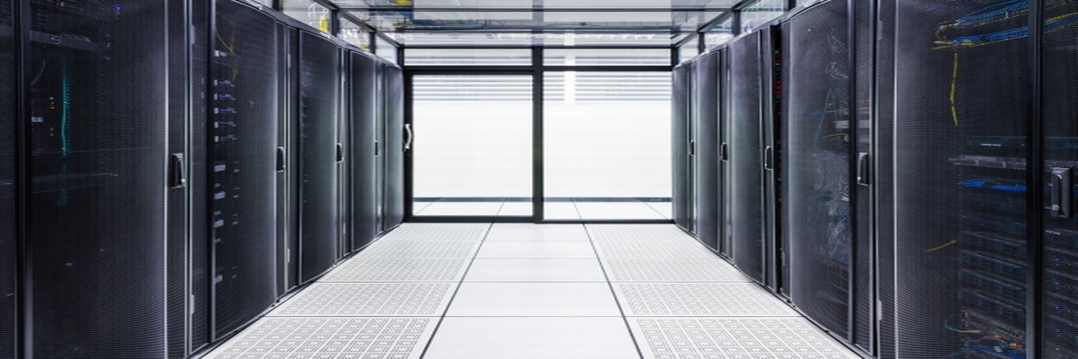 Data Center Raised Floor with Containment